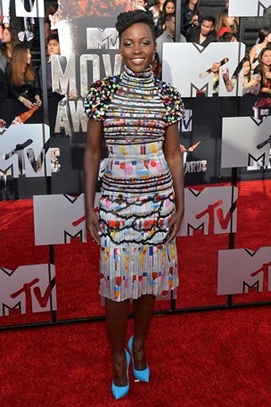 lupita_glamour_20apr15_getty_b_304x456