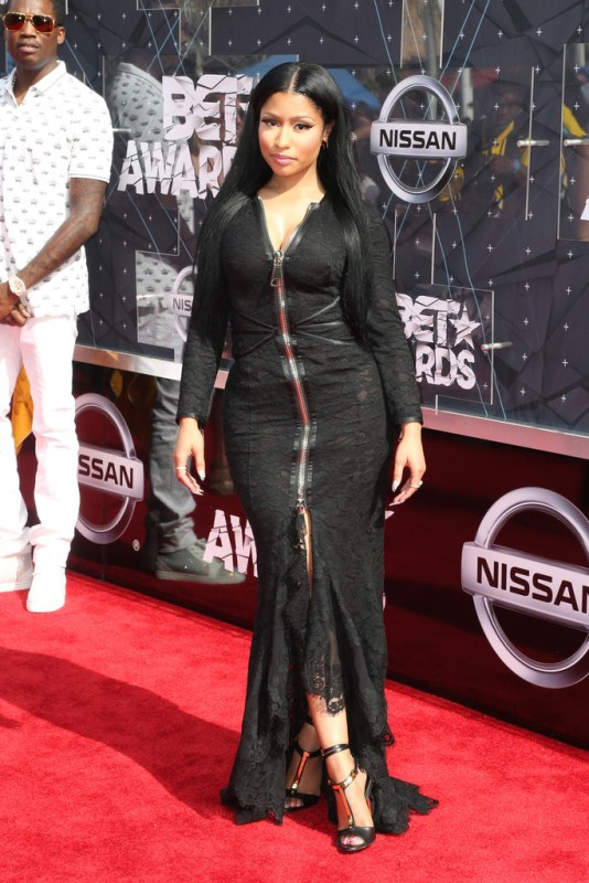 2015-BET-Awards-Arrivals-nicki-minaj
