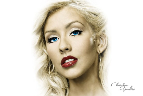 Beauty-Christina-Aguilera-Image-04