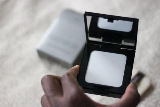 laura-mercier-powder-picture