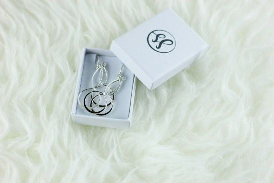 silver-sale-earrings-image