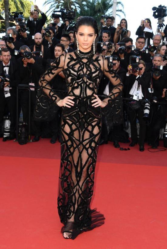 Kendall Jenner Fashion Image