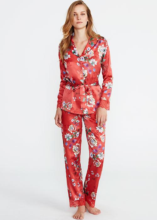 Pyjamas set image