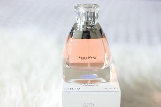 Vera Wang Perfume image