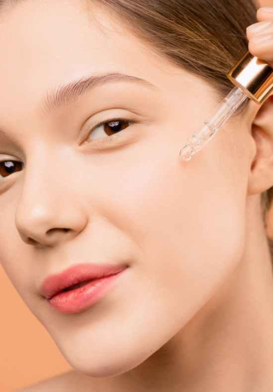 UK Beauty blogger image
