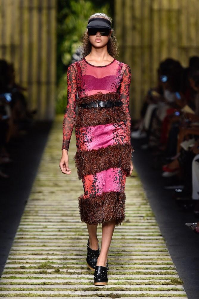 fsfwma10-36com-milan-fashion-week-s-s-2017-max-mara-highres