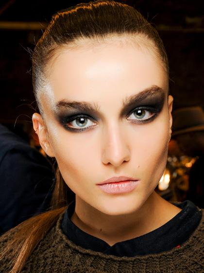 Foto de 5 looks de maquillaje que puedes imitar de las pasarelas esta temporada