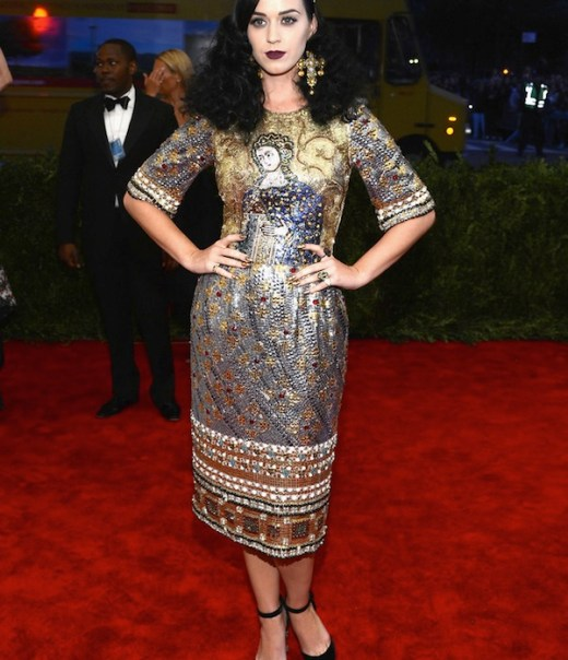 2 katy perry in dolce gabbana Anne Hathaway 2013 met galal punk chaos to couture costume institute