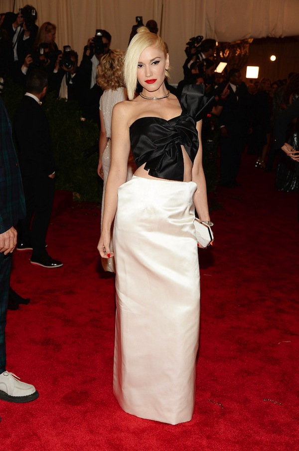 3 gwen stefani in margiela Anne Hathaway 2013 met galal punk chaos to couture costume institute