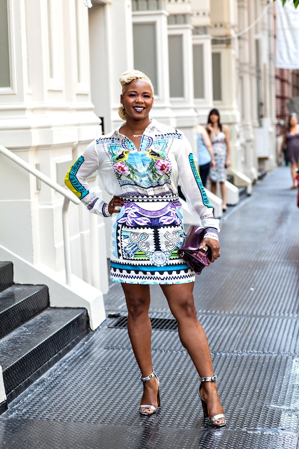 https://i0.wp.com/fashionbombdaily.com/wp-content/uploads/2013/06/4-Claire-Sulmers-Mary-Katrantzou-shirt-skirt-proenza-schouler-silver-sandals-plum-bag-fashion-bomb-daily.jpg?resize=600%2C900
