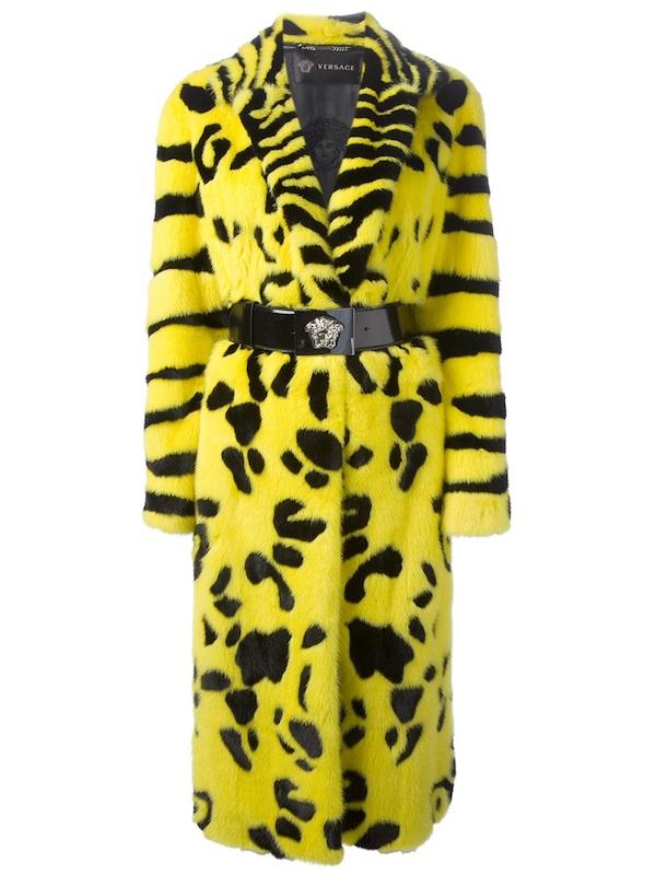 beyonce new video oversize mink coat versace yellow and black coat