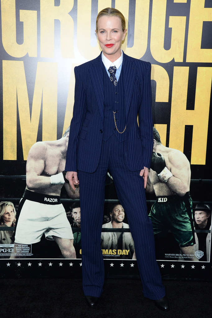 kim-basinger-grudge-match-screening-ralph-lauren-suit
