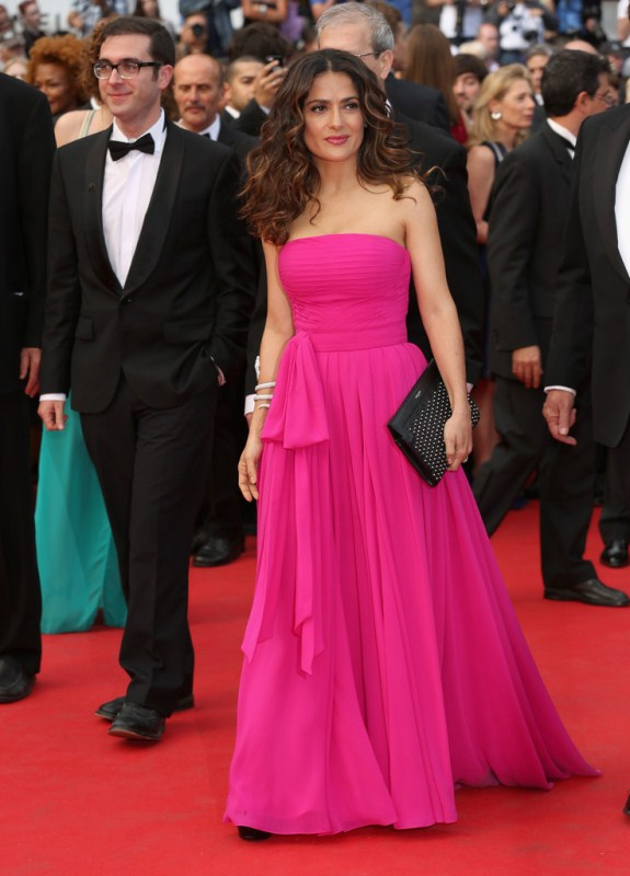 salma-hayek-saint-laurent-premiere-67th-annual-cannes-film-festival-saint-laurent-gown-studded-clutch