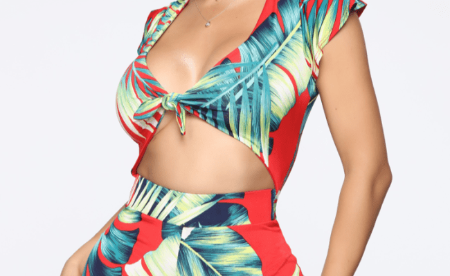 Megan Thee Stallion Shows Off Her Curves In This Tropical
