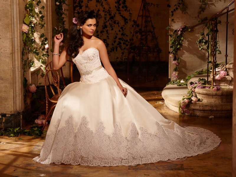 Eve Of Milady 2010 Bridal Collection