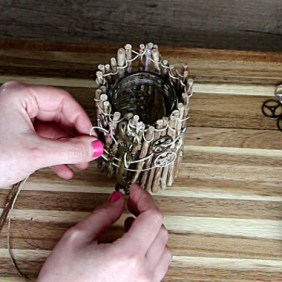 DIY Rustic Home Decor: Upcycled Glass Jar