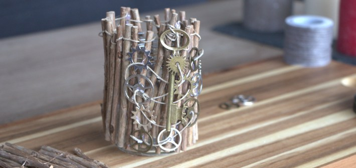DIY Rustic Home Decor: Upcycled Glass Jar
