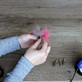 Making hair accessories