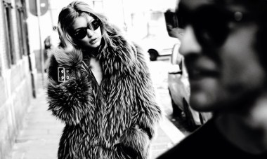 gigi-hadid-by-mario-testino-for-vogue-paris-november-2016-212324