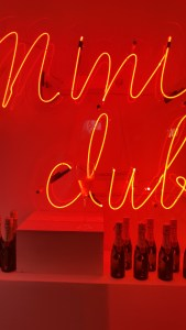 Maison Moët @ 58 rue Saint Lazare, Mini Club, Mini Moët