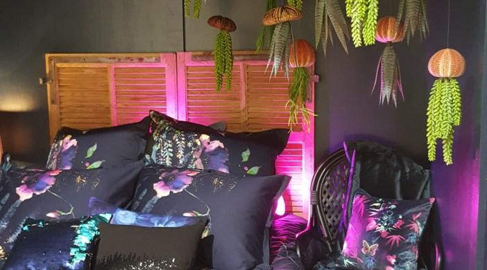 nouvelle collection carr blanc version vernissage. Black Bedroom Furniture Sets. Home Design Ideas