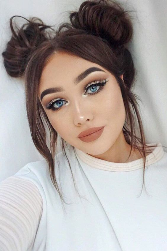 27 Romantic Hair And Makeup Ideas To Try This Valentines