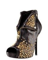 Alexander-McQueen-Studded-Faithful-Bootie-www.fashiondailymag.com-Brigitte-Segura