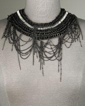 Alice-+-Olivia-Chain-Collar-Necklace-on-www.fashiondailymag.com-brigitte-segura