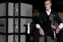 TRUSSARDI-MEN-are-so-BLACK-and-WHITE-on-fashiondailymag.com-brigitte-segura