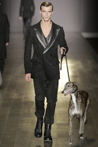 Trussardi 1911 MENS runway collection Fall-Winter 2011-12 by Milan Vukmirovic CLEMONT on FASHION DAILY MAG runway 2011