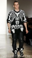 JEREMY-SCOTT-FW-11-photo-nowfashion.com-on-fashiondailymag.com-brigitte-segura