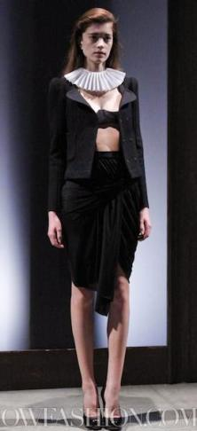 13-CARVEN-paris-F2011-fdm-selection-brigitte-segura-photo-nowfashion.com-on-fashiondailymag