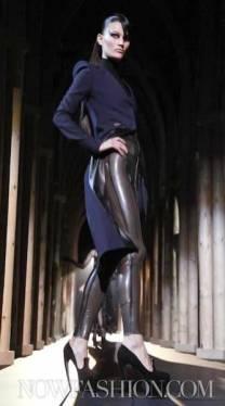 17-THIERRY-MUGLER-FALL-2011-PARIS-selection-brigitte-segura-photo-nowfashion.com-on-fashiondailymag-brigitte-segura