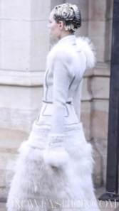 ALEXANDER-McQUEEN-FALL-2011-paris-runway-selection-brigitte-segura-photo-23-nowfashion.com-on-fashion-daily-mag