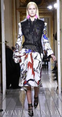 BALENCIAGA-fall-2011-runway-selection-brigitte-segura-photo-3-nowfashion.com-on-fashion-daily-mag