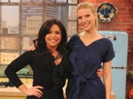 GWYNETH-PALTROW-WEARS-CARVEN-in-blue-at-RACHAEL-RAY-show-photo-courtesy-of-rachael-ray-in-BLEU-BLANC-ROUGE-2-on-fashion-daily-mag