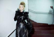 057-Lara-Stone-in-GAULTIER-haute-couture-fw09-10-photo-Mathieu-Baumer