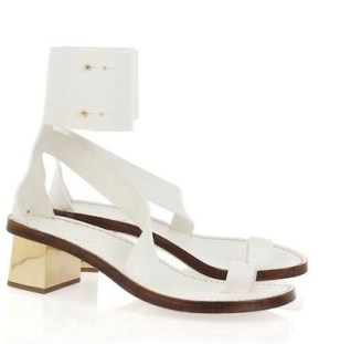 CHLOE-mirrored-heel-white-sandals-NAP-on-www.fashiondailymag.com-brigitte-segura