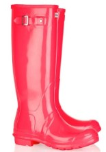 HUNTER-wellies-at-NetAPorter-on-FashionDailyMag-glow-in-neons