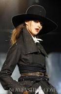 FashionDailyMag-Dsquared2-details-sel13-fall11-runway-p-NowFashion-on-FDM-loves