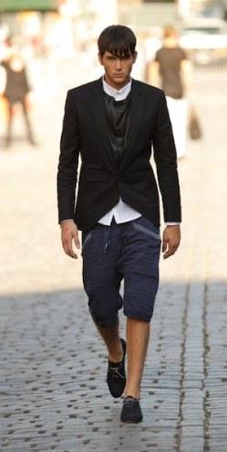 BUCKLER-nyfw-ss12-fashion-daily-mag-selects-11-brigitte-segura