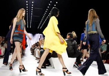 LACOSTE-ss12-FashionDailyMag-sel-5-photo-NowFashion-fdmloves
