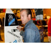 SCOTT CAAN hosts THERAsurf for KIDS