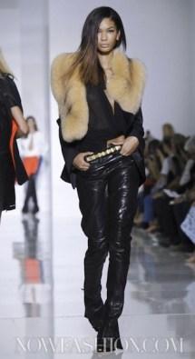 KANYE WEST sel 6 FashionDailyMag photo NowFashion