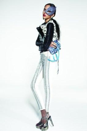 FS15_130_043TOPSHOP xmas 2011 FashionDailyMag sel 10 by brigitte segura