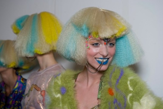 jeremy scott aw12 backstage beauty HAIR fashiondailymag