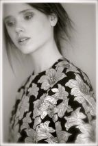 marni fall 2012-13 fashiondailymag selects golden flowers