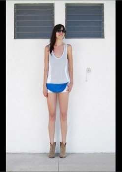 love zooey summer 2012 shirttail tank on FashionDailyMag