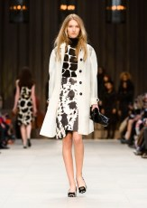 Burberry Prorsum Autumn Winter 2013 fashiondailymag look 38