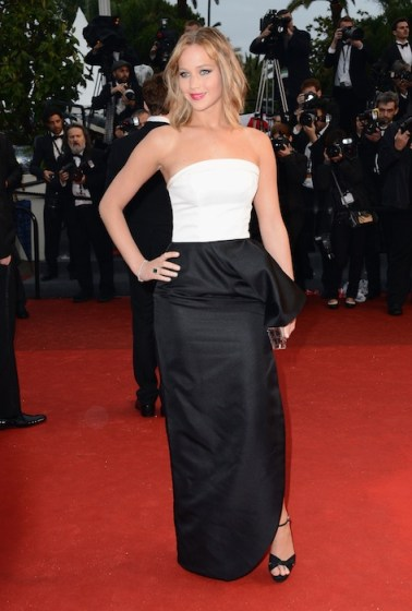 Jennifer Lawrence in cannes on fashiondailymag